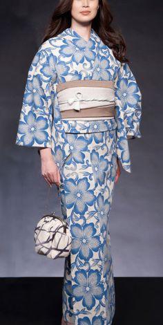 Japanese costume: Yukata