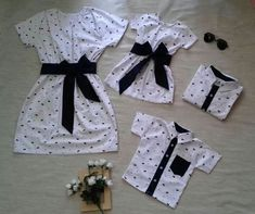 Twin Outfits, Matching Family Outfits, Girl Outfits, Mommy And Me Dresses, Mommy And Me Outfits, Baby Dress Design, Really Cute Outfits, Kids Suits, Girls Fashion Clothes