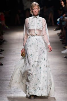 Rochas at Paris Fashion Week Spring 2015 - Runway Photos London Fashion Weeks, Runway Fashion, Fashion Models, Fashion Show, Paris Fashion, Best Designer Brands, Spring Summer 2015, Fall 2015, Best Model