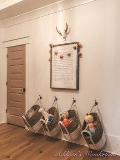 Toy & Art Storage Ideas in My Girl's Art Playroom Space. Toy Room Storage, Baby Toy Storage, Small Space Storage, Kids Storage, Extra Storage, Storage Ideas For Kids, Storage Ideas Living Room, Living Room Playroom, Small Playroom