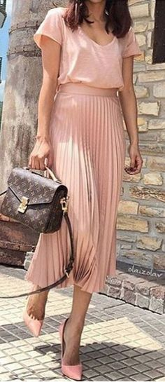 #spring #summer #highstreet #outfitideas | Blush Pink + Pleats + LV