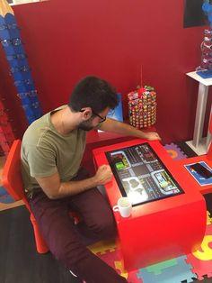 La Table Kid's, la Monday motivation de la Lunetterie de Lourdes ;) Table Tactile, Android, Arcade Games, Kids, Young Children, Boys, Children, Boy Babies, Child