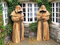 online The post tiki chainsaw carving kitchendeco.online appeared first on Wood Ideas. Chainsaw Wood Carving, Dremel Wood Carving, Wood Carving Art, Wood Art, Driftwood Sculpture, Steel Sculpture, Sculpture Art, Garden Sculpture, Wood Carving Patterns