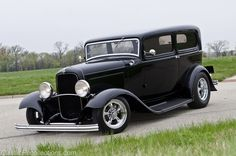 Awesome Ford 2017: FEATURE: 1932 Ford Tudor  nice cars and rods Check more at http://carsboard.pro/2017/2017/03/17/ford-2017-feature-1932-ford-tudor-nice-cars-and-rods/