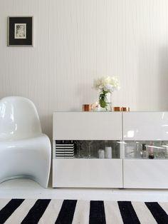 Livingroom  Pionit maljakossa - A&A at HoMe | Lily.fi