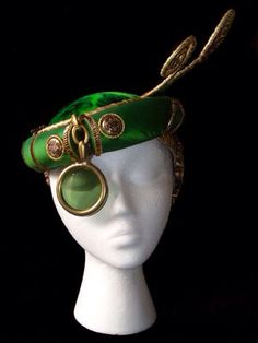 Wicked Musical Hat with Green Spyglass
