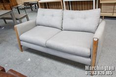 Love Seat, Auction, Couch, Furniture, Home Decor, Settee, Decoration Home, Sofa, Room Decor