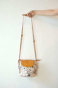 il bisonte at una | fun ideas for the handle and leather attachments and closure on this bag!