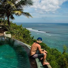 Sit back, relax and enjoy the view. Afternoon surf check with tribesman Travis Burke. Bali, Indonesia. Photo by Chelsea Yamase. #hippytreetribe #surfandstone