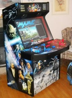 Mame Cabinet: Star Wars Artwork...just incredilble! The alliance on one side and the empire on the other...pure artwork. Simply the best i have seen so far....want!!!