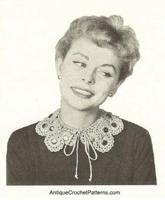 Crochet button collar