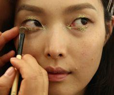 glitter - maquiagem - carnaval - inspiracao - anna sui verao 2015 - spring 2015 06