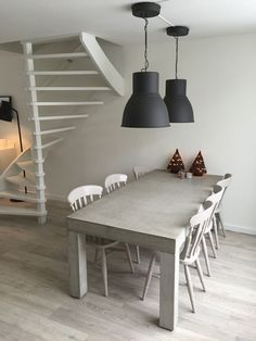Concrete table with sitting set. Cottage Furniture, Large Furniture, Hektar Ikea, Harrison House, Concrete Table, Dining Room Inspiration, Barn Lighting, Room Lights, Beautiful Interiors