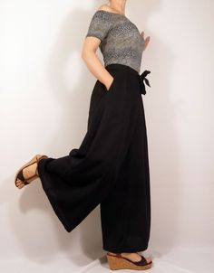 Coin Couture, Couture Sewing, Peg Trousers, Wide Leg Trousers, Red Kurta, Paperbag Hose, Sewing Online, Kurta With Pants, Zara