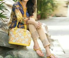 We are presenting by Images of Gul Ahmed Winter Sale for Women's dresses,winter sale collection,Winter dresses Sale,summer season,winter season Eid Collection 2017, Winter Collection, Shoe Collection, All Fashion, Modern Fashion, Womens Fashion, Hello Ladies, Latest Shoes, Winter Sale