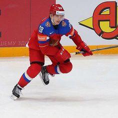 Россия побеждает Швейцарию 5:1, Степан Санников записывает на свой счёт первую результативную передачу за сборную на чемпионате мира! Фото by @elenarusko