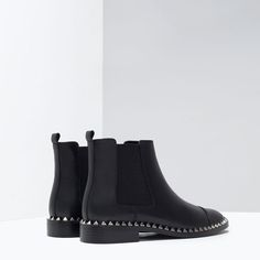 Image 4 of STUDDED LEATHER ANKLE BOOT from Zara