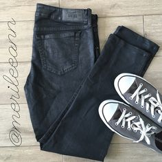 """Flash SaleDiesel Skinny Grupee NWOT Indulge your sassy side in these low-rise, sexy skinny jeans. Slight sheen on black makes these perfect for a night on the town! 98/2 Cotton/Spandex. 17"""" waist lying flat/unstretched. 8"""" rise. 29"""" inseam (ankle on most, but measure your favorites at home). Worn once for 2 hours! Perfect. Diesel Jeans Skinny"""