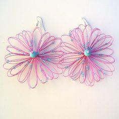 Orecchini bigiotteria fiore fuxia Lavorati a mano by mariceltibijoux.com  Fuxia earrings Handmade by mariceltibijoux.com