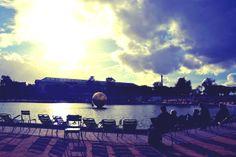 http://jesusisonthebeach.tumblr.com/ Jardin des Tuileries, Paris