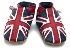 These #UnionJack Baby Shoes will be adorable for the #RoyalBaby or for the baby on your #gift list!