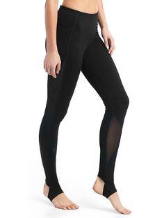3afcf022073918 GapFit Blackout gFast high rise stirrup leggings My Unique Style, Fleece  Pants, Stirrup Leggings