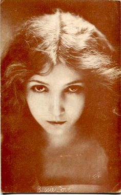 Silent film actress Bessie Love, 1920s. Stunning photo. I would like a headshot like this.