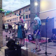 Terminamos la fiesta del teatro comunitario en el @CSLuisBunuel, con la música de la orquestica del Buñuel