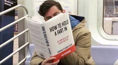 """""""Como segurar um peido"""", uma das capas falsas que o comediante Scott Rogowsky fez para um experimento divertido e, convenhamos, um pouco polêmico."""