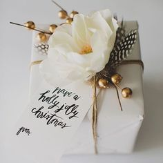 """""""Gift toppers other than ribbon--see ideas via link in our bio! The one above is a sweet floral accent by @greenweddingshoes. #giftideas #giftwrap #holidayideas"""" Photo taken by @dominomag on Instagram, pinned via the InstaPin iOS App! http://www.instapinapp.com (11/06/2015)"""