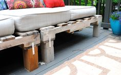 Cushions for Pallet Couch | ... an Outdoor Pallet Sofa - Easy to make and costs less than 5 dollars