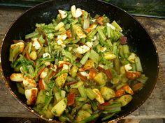 A közös konyha(kert): Mángoldszár sajttal, krumplival és kaporral Sprouts, Vegetables, Recipes, Food, Vegetable Recipes, Eten, Veggie Food, Recipies, Brussels Sprouts