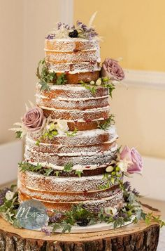 Naked to chocolate rustic wedding cake / http://www.himisspuff.com/200-most-beautiful-wedding-cakes-for-your-wedding/17/