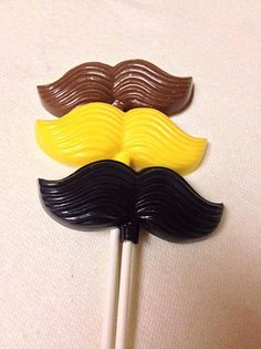 I make custom chocolate lollipops/cupcake toppers/cake toppers for all occasions.