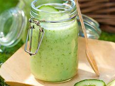 Découvrez la recette Soupe froide concombre-menthe sur cuisineactuelle.fr.