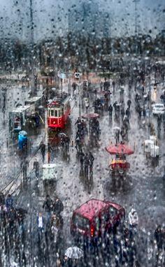 istanbul's eyes (  rain-Taksim,Istanbul ).. by Yaşar Koç on 500px