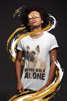 Du bist genauso niedlich wie deine Lieblingshunderasse?  Dann ist dieses T-Shirt perfekt für dich! Mit einer süßen französischen Bulldogge als Motiv hast du garantiert viele Lacher auf deiner Seite. Oder du machst einem besonders niedlichen Hundefreund von dir mit diesem Shirt als Geschenk eine große Freude. Walk Alone, Dogs, T Shirt, Collection, Women, Fashion, Dog T Shirts, French Bulldog Shedding, Glee
