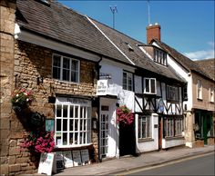 Old Tea House: Winchcombe by Canis Major, via Flickr