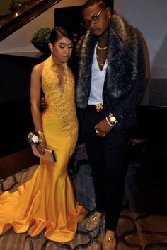 Satin Floor-Length Halter Prom Dresses Appliques Lace on Luulla Black Girl Prom Dresses, Homecoming Dresses, Formal Dresses, Ball Dresses, Evening Dresses, Grad Dresses, Elegant Dresses, Pretty Dresses, Ball Gowns