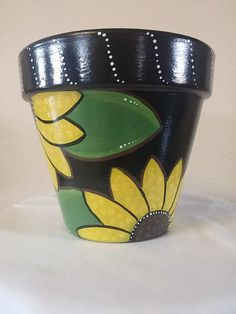 Hand painted flower pot with bright and cheery sunflowers. Brighten up any indoo Hand painted flower pot with bright and cheery sunflowers. Flower Pot Art, Flower Pot Design, Flower Pot Crafts, Cactus Flower, Clay Pot Projects, Clay Pot Crafts, Painted Plant Pots, Painted Flower Pots, Terracotta