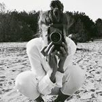 Black and White Black And White Aesthetic, Black N White, Black And White Instagram, All White, Foto Pose, Jolie Photo, Foto E Video, Black And White Photography, Monochrome