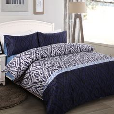 Deep Blue and White Unique and Novelty Modern Chic Luxury Full, Queen Size Bedding Sets