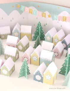 DIY ADVENT CALENDERS are perfect for children and adults alike, tracked in a countdown calendar that lets you know, especially children, the time before Christmas Town, Noel Christmas, Family Holiday, Christmas Crafts, Advent Calenders, Diy Advent Calendar, Holiday Crafts For Kids, Christmas Activities, Navidad Simple