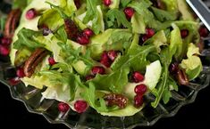 Avocado and Pomegranate Salad - featuring a delicious honey-citrus vinaigrette dressing you're going to just love - sweet/spicy pecans too! Citrus Vinaigrette, Vinaigrette Dressing, A Food, Food And Drink, Salad Places, Salad Recipes, Healthy Recipes, Healthy Food, Pomegranate Salad