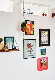 Skab billedvægge med børnekunst