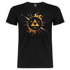 Camiseta Zelda Logo Trifuerza Sol y rayos dorado brillo de SportShirtFactory en…