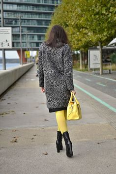 #outfit #ootd #winter #fashion #inspiration #yellow #skirts  #JEJ #girl #woman #black #style #clothing #animal #katharine #print #poloneck #grey #yellow
