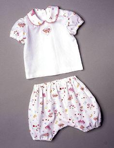 burda style, Schnittmuster für Babys - Bluse mit kurzen Puffärmeln, Bubikragen und Knopfverschluss im Rücken, Pumphose mit Gummizug