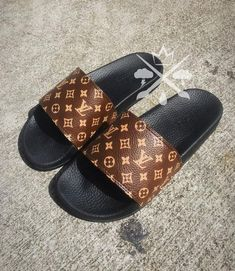 fb72cbdd6da4 Custom Louis Vuitton LV Slides Customized with Angelus Leather Paint All  designs are Professionally Prepared