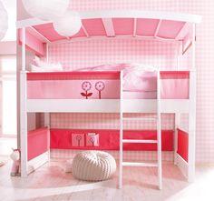 Haba Matti halbhohes Badachinspielbett in weiß mit rosa Stoffverkleidung